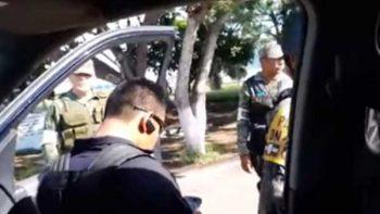 Se increpan elementos de PF y militares por despensas en Oaxaca