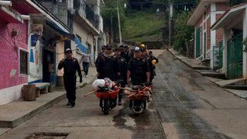 Apoyan policías estatales a afectados en Morelos