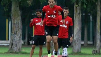 Rafael Márquez regresa a los entrenamientos con Atlas