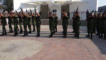 Militares se preparan para desfile de la Independencia
