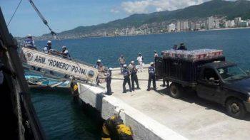 Marina traslada 10 toneladas más de víveres a Oaxaca