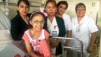 Estoy contenta de irme a casa: Mariana, niña operada durante sismo