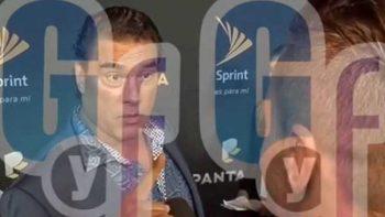 Eduardo Yáñez se molesta con reportero y lo agrede