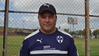 Gustavo Leal renuncia a la dirección técnica de Monterrey Femenil