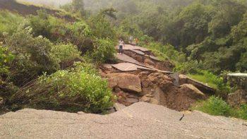Lluvias y sismos incomunican poblados en Chiapas