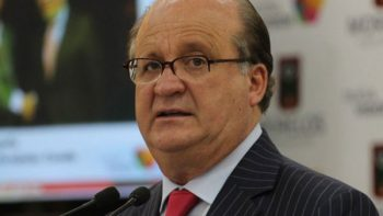'No permitamos el perdón y olvido para delincuentes', pide Graco