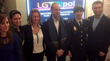 LGTBIpol se abre paso en la policía española