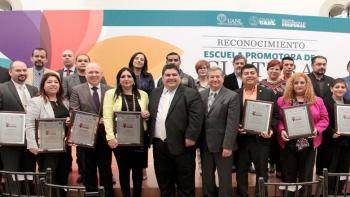 Premian a preparatorias y facultades de la UANL por promover cultura