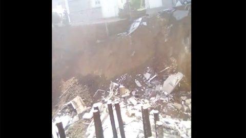 Se derrumban casas en NL; hay personas atrapadas