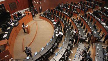 Diputados acumulan millas con 'turismo legislativo'