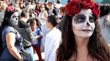 Celebración Día de Muertos inundan España