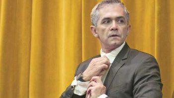 Mancera no buscará candidatura si hay 'sombra de cuestionamiento'