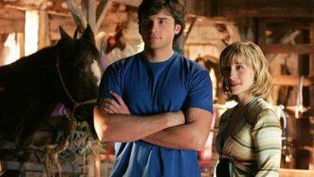 Acusan a actriz de 'Smallville' de liderar culto de explotación sexual