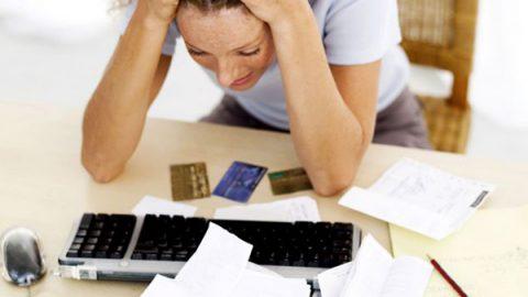 Capitalinos deben a bancos en promedio 146 mil pesos