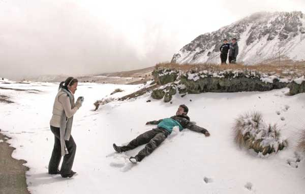 Emiten recomendaciones para a visitantes al Nevado de Toluca