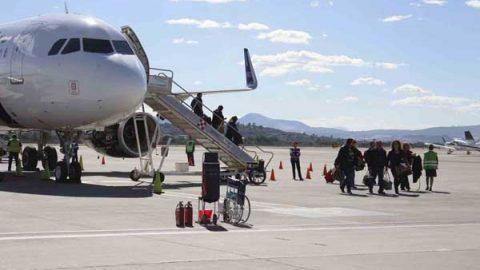 Investigan presuntas prácticas monopólicas de Aeroméxico y Volaris