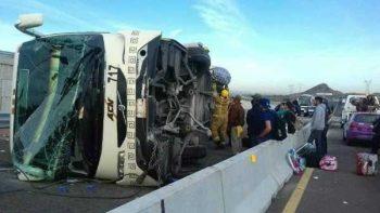 Vuelca en Sonora autobús con 39 pasajeros; hay al menos 17 heridos