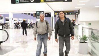 Jornaleros mexicanos van a Canadá con su esperanza en una maleta