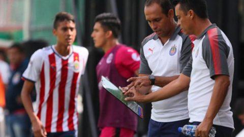 Chivas lanza dardo al América por contrataciones de extranjeros