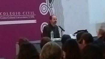 El escritor Juan Villoro pide apoyo para  Marichuy