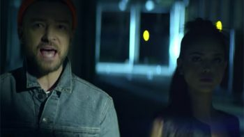 Eiza, se come a besos a Justin Timberlake