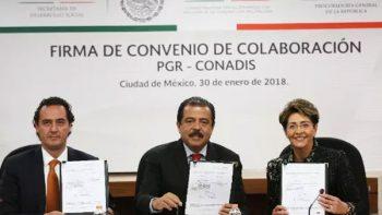 Firman PGR y Conadis convenio a favor de personas con discapacidad