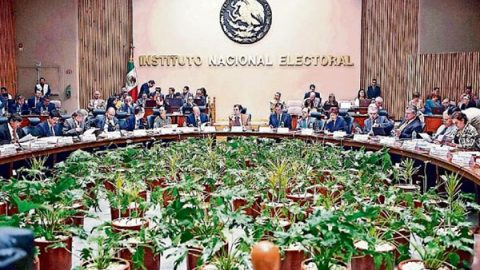 INE detecta apoyos irregulares a diputados independientes