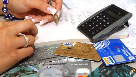 Si pagas sólo el mínimo en tu tarjeta, tu deuda crecerá