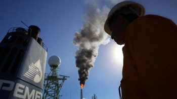 Pemex reporta caída de 6.3% en la producción de crudo