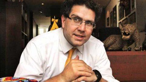 Solicita Ríos Piter a INE revisión de firmas