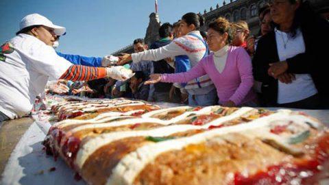Personas con diabetes podrán comer Rosca de Reyes en el Zócalo