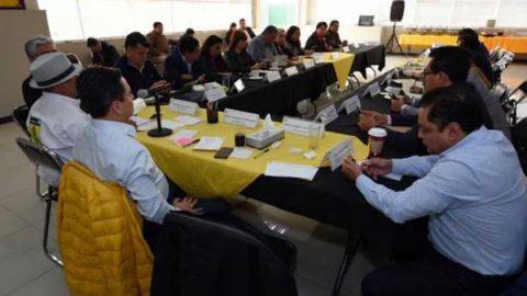 Evalúa Ángel Aguirre candidatura al Senado: Granados