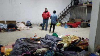 Rescatan del frío a 150 trabajadores en Acuña