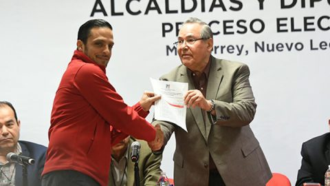 Pronostica Marco González 'carro completo' del PRI en su distrito