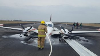 Salen ilesos pasajeros de avioneta tras aterrizaje forzoso