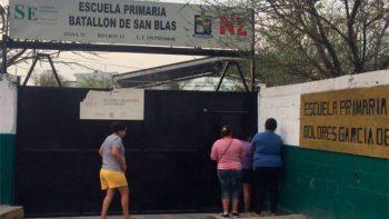 Dejan manta amenazante en primaria de Monterrey