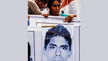 Muere madre de estudiante desaparecido de Ayotzinapa