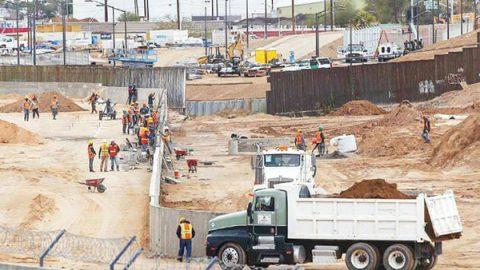 Exhortan a vetar empresas que participen en construcción de muro