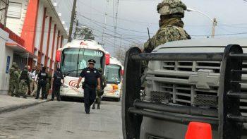 Vuelan en clase Premier los 400 centroamericanos rescatados en Matamoros