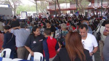 Familias de la Almaguer se sienten arropadas por el ayuntamiento