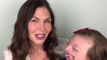Fotografía de niña con discapacidad es utilizada para incitar al aborto