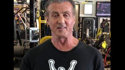 'Matan' a Sylvester Stallone en la web y él responde