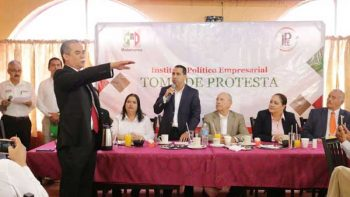 Toma protesta Oscar Martínez como presidente del IPE