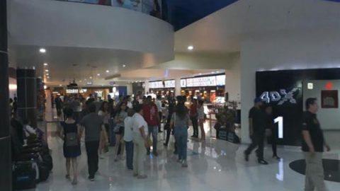 Desalojan 16 salas de cine en Monterrey por falsa alarma de incendio