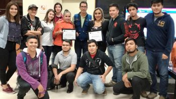 Periodistas Olivia Martínez y Yadith Valdez comparten experiencias con alumnos