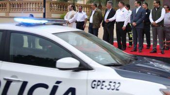 Entrega Cienfuegos patrullas al arrancar operativo de Semana Santa