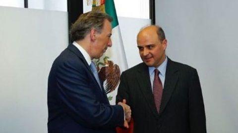 Meade incorpora a Sergio Alcocer a su campaña