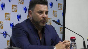 El problema de Monterrey es la defensa: Antonio Mohamed