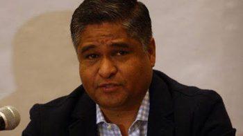 Víctor Fuentes pide licencia para renunciar a la alcaldía y contender al senado