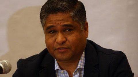 Víctor Fuentes pide licencia para registrarse como candidato a la alcaldía